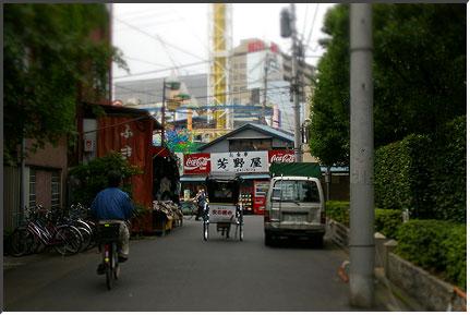 asakusa_tilt.jpg