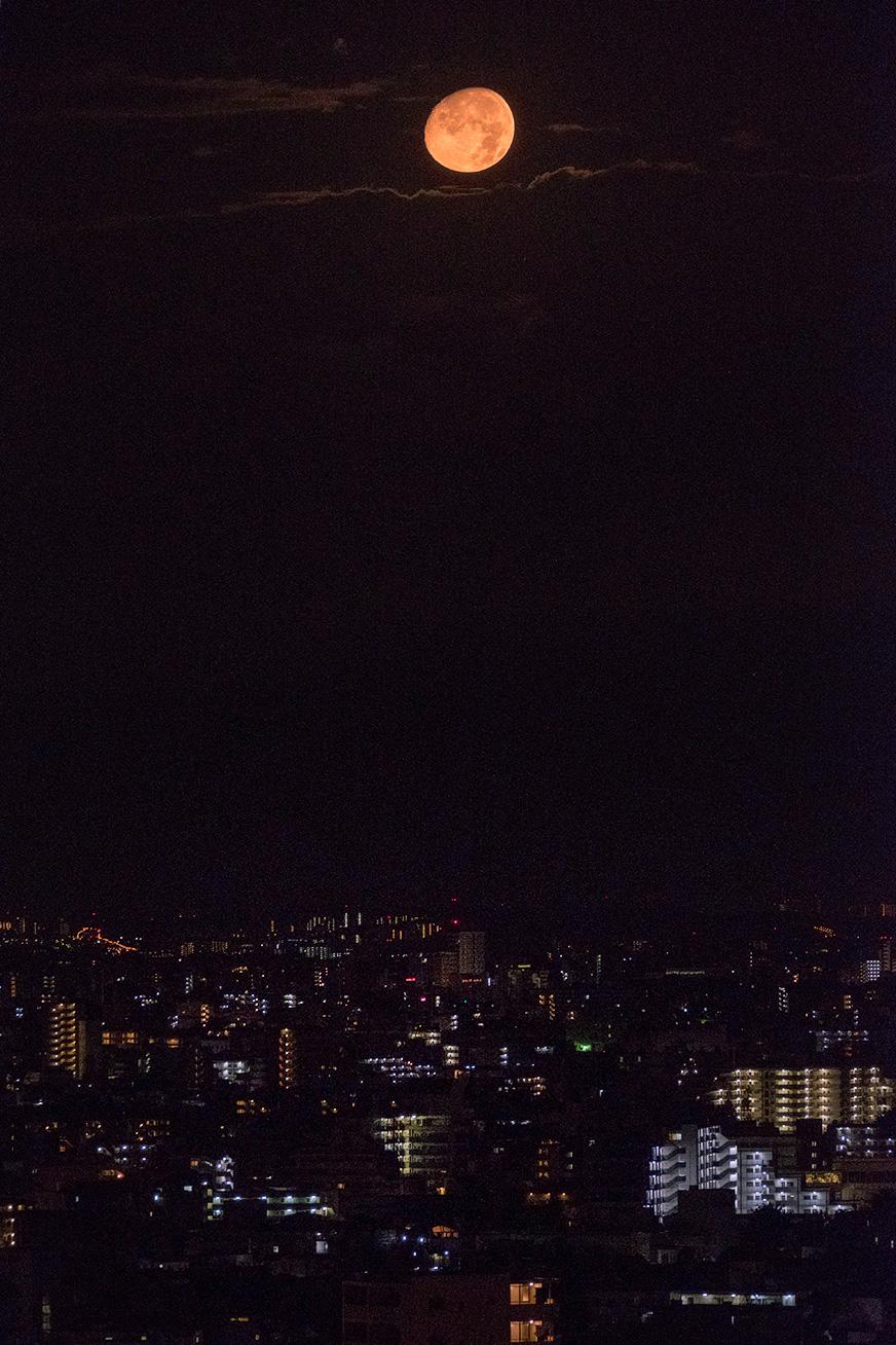 moon_160816_01.jpg
