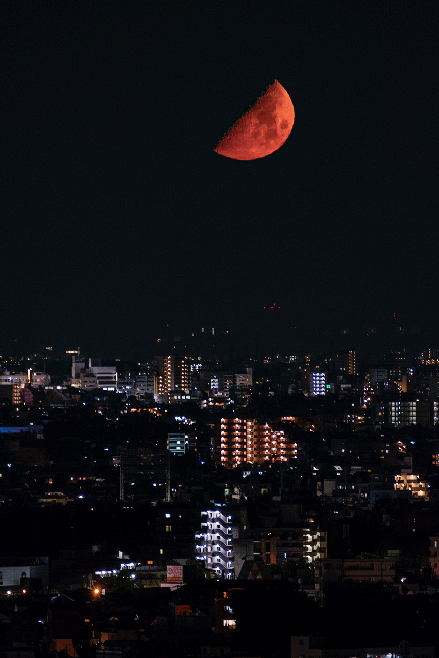 redmoon_180818_02.jpg